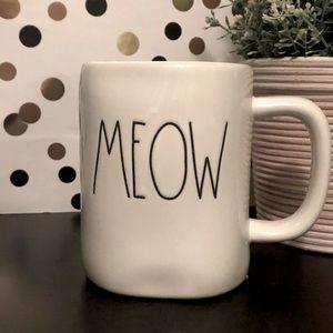💥2/$30💥 Rae Dunn MEOW white ceramic mug